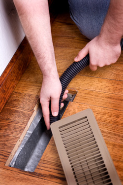 Duct cleaning to improve air quality in NY homes